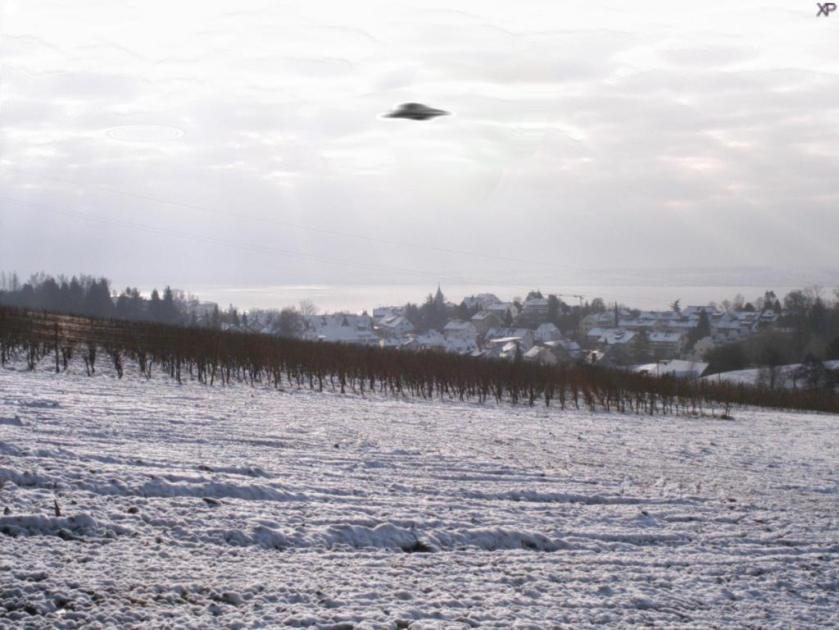 UFO snow
